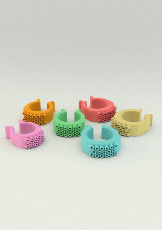 Imagen renderizada de 6 anillos en distintos colores